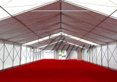 اجاره چادر به معنی پوشش رویین است و به هر نوع پوششی که انسان و یا دارایی او را از آسیب عوامل خارجی ( باد ، گرما ، سرما و ... حفظ می کند و خصوصیت جمع کردن و برپا نمودن در زمان ها و مکان های موردنیاز را دارا است ، گفته می شود .
